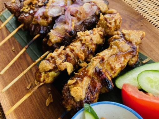 サテチャンプル(インドネシア串焼き3種盛)2